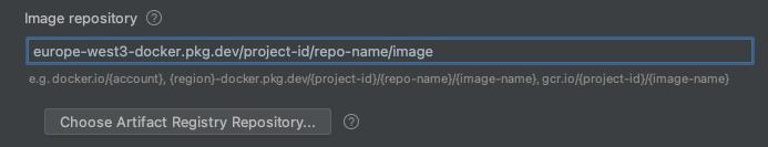 """Grafik: Fenster """"Run/Debug configuration"""" mit ausgefüllten Beispielfeldern (""""project ID"""" und """"region"""")"""
