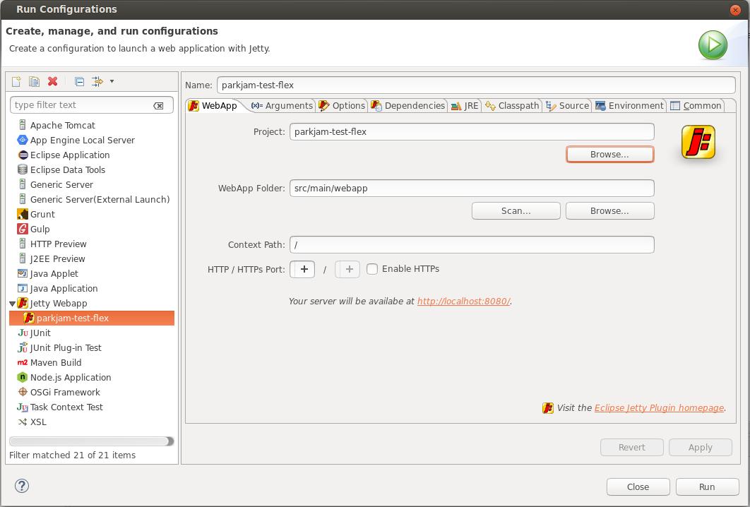선택한 프로젝트의 실행 구성을 구성하는 대화상자. 왼쪽 패널은 서버 옵션 목록을 제공하며, Jetty 웹앱이 선택되어 있습니다. 오른쪽 패널에는 실행 구성 이름과 프로젝트 이름에 대한 필드가 있습니다. 다른 프로젝트를 선택할 수 있는 찾아보기 버튼. WebApp 폴더 및 컨텍스트 경로의 필드. HTTPS를 사용하도록 설정하는 체크박스를 사용하여 다른 HTTP 및 HTTPS 포트를 선택하는 버튼.