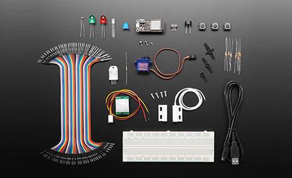 Foto dello starter kit per Mongoose OS