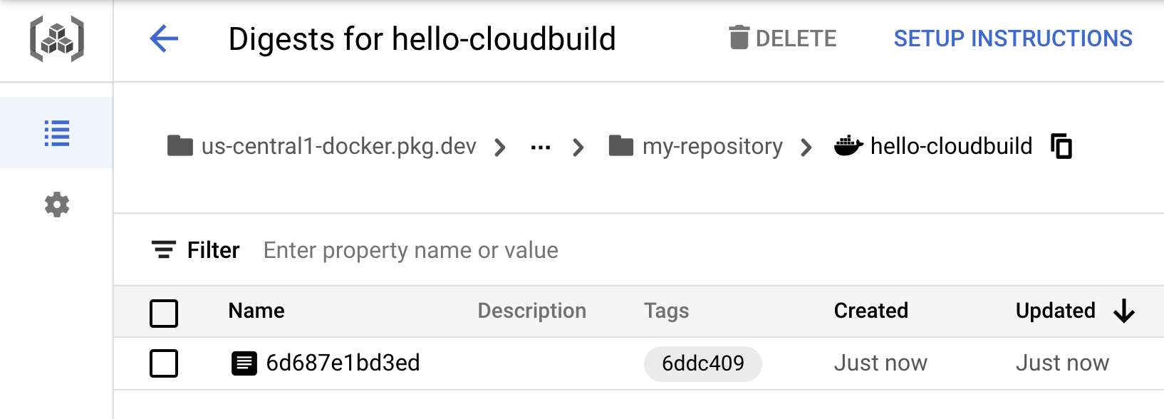 Container Registry 内の hello-cloudbuild イメージ