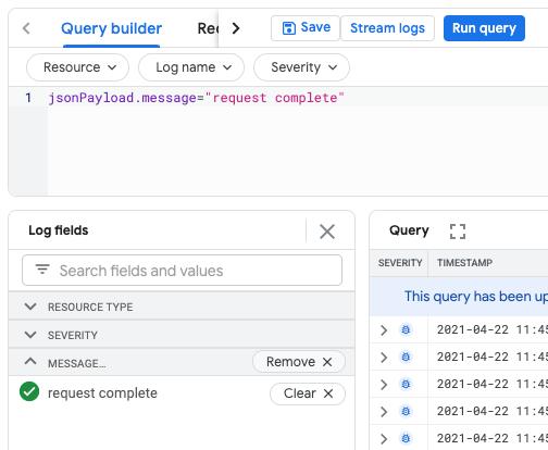 Logfelder und Query Builder-Bereiche mit benutzerdefiniertem Feld.
