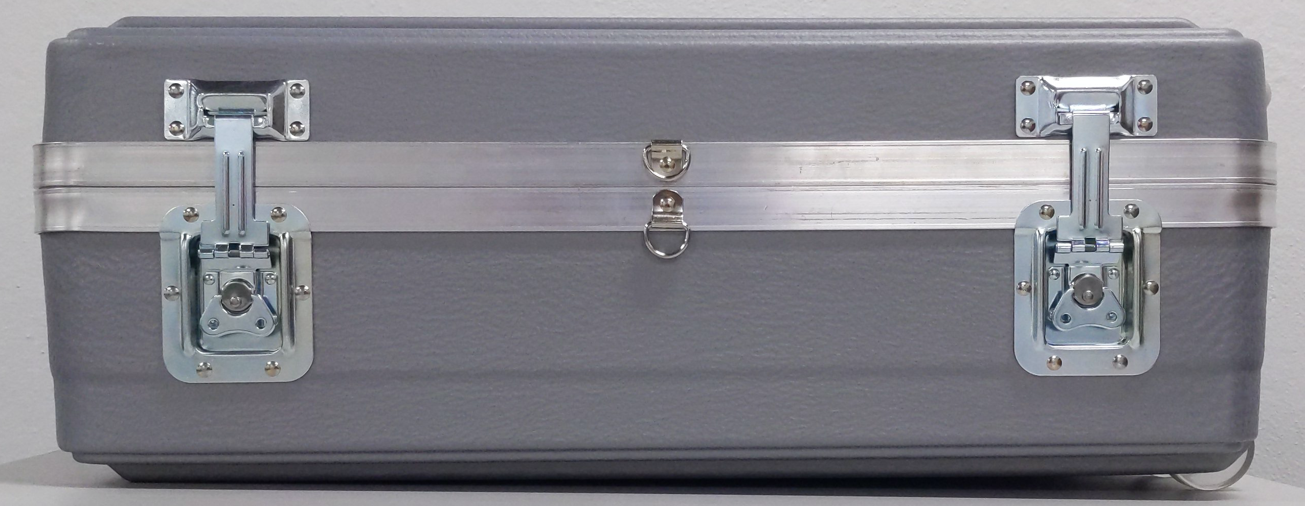 Shipping case latched